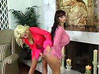 Busty lesbos trio