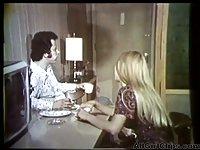 Carol Connors in vintage shower lesbian action
