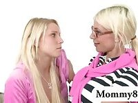 Stepmom caught her daughter while sucking her boyfriend