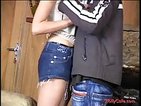Teen blonde gets her pussy humped