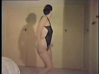 Nude sluts solo dancing